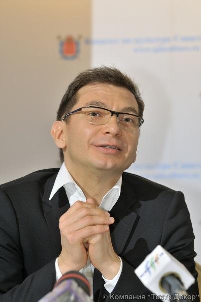 Ринат Дулмаганов -продюсер фестиваля, генеральный продюсер компании Театр Декор